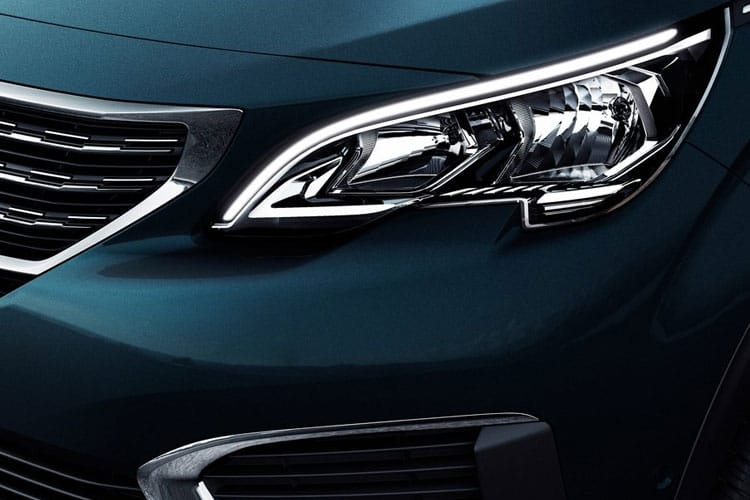 Peugeot 5008 SUV 1.5 BlueHDi 130PS Allure 5Dr EAT8 [Start Stop] detail view