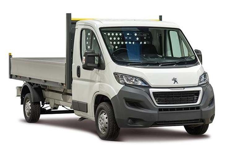 Peugeot Boxer 335 L2 2.2 BlueHDi FWD 140PS Built for Business Plus Dropside Manual [Start Stop] front view