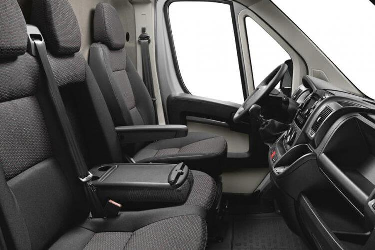 Peugeot Boxer 335 L2 2.2 BlueHDi FWD 140PS Built for Business Plus Dropside Manual [Start Stop] inside view