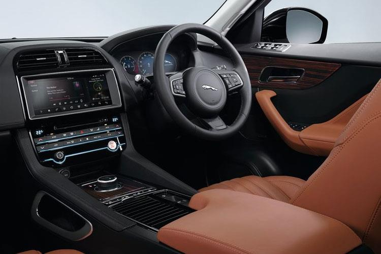 Jaguar F-PACE SUV 2.0 d 180PS Prestige 5Dr Auto [Start Stop] inside view